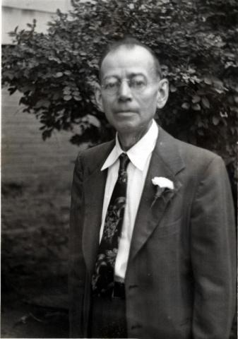 Wawszkiewicz, Frank
